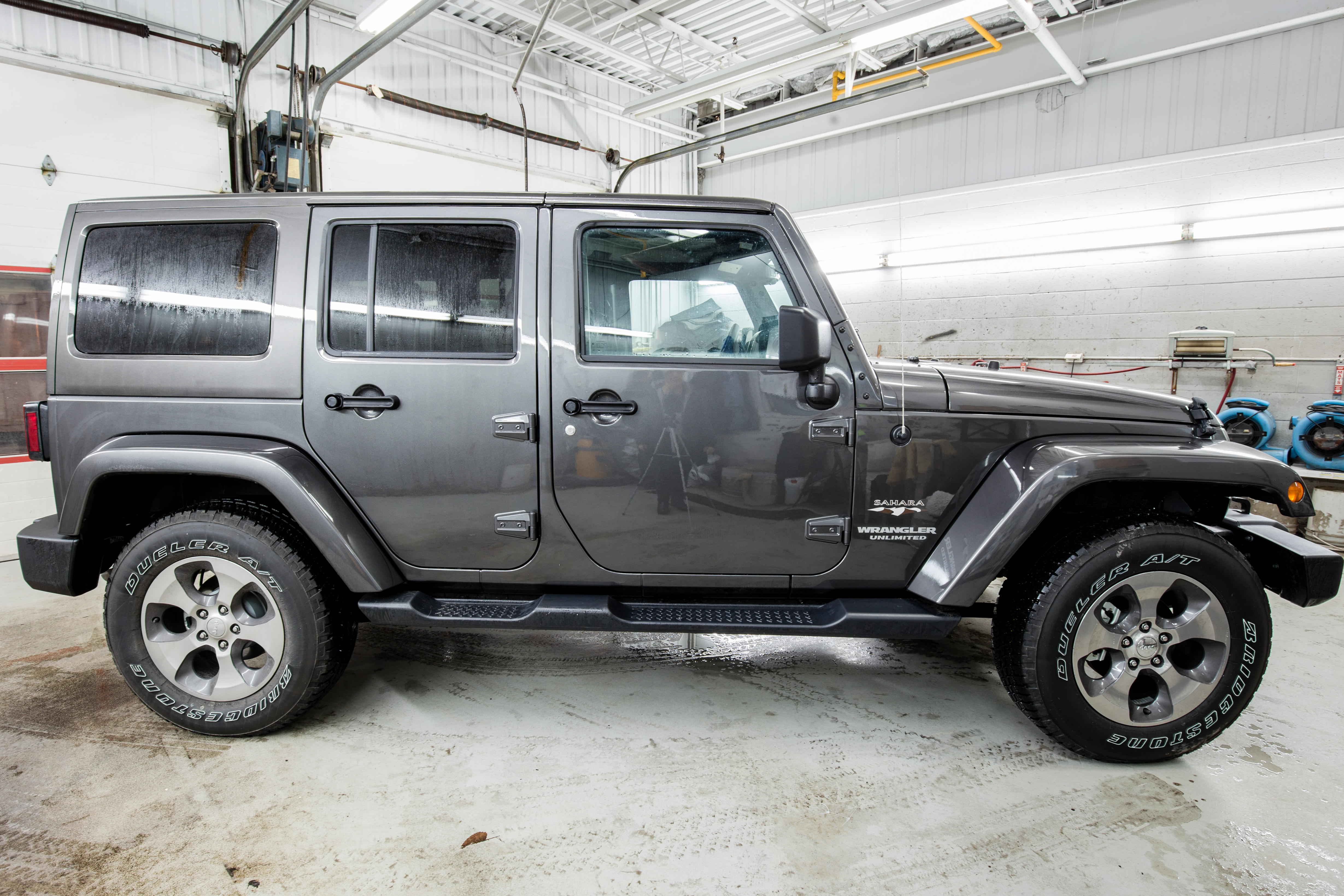 wrangler clear silver metallic groovecar research billet large edition jeep composite sport chief coat unlimited suv
